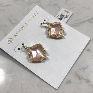 NWT Kendra Scott Kyrie Peach drop earrings